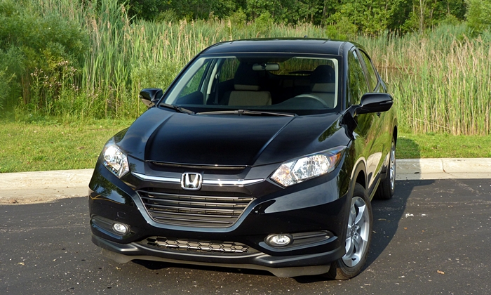 HR-V Reviews: Honda HR-V front view