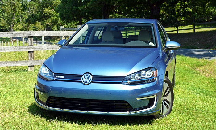 Golf / GTI Reviews: Volkswagen e-Golf front view