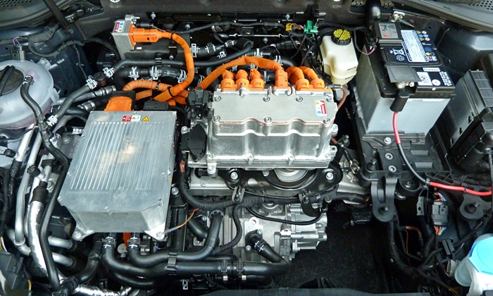 Golf / GTI Reviews: Volkswagen e-Golf motor uncovered