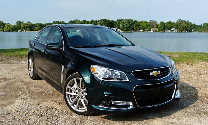 Chevrolet SS Photos: Chevrolet SS front angle view