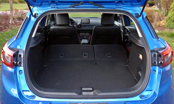 CX-3 Reviews: Mazda CX-3 cargo area seats folded