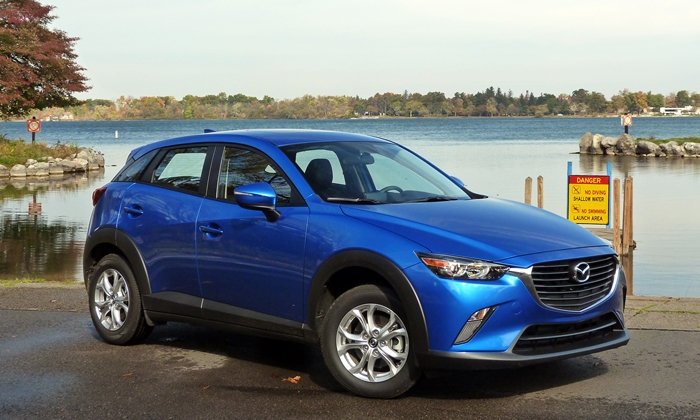 Mazda CX-3 front quarter view