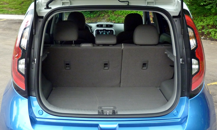 Soul Reviews: Kia Soul EV cargo area