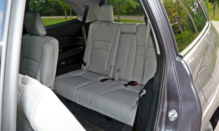 Honda Pilot Photos: Honda Pilot third-row seat