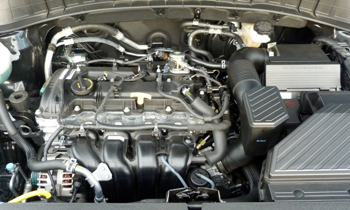 Hyundai Tucson Photos: Hyundai Tucson engine uncovered