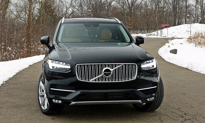 XC90 Reviews: 2016 Volvo XC90 front view