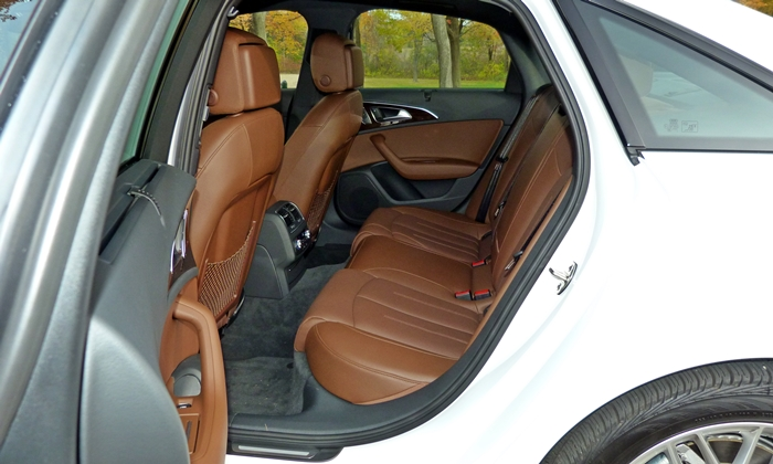 A6 / S6 Reviews: Audi A6 back seat