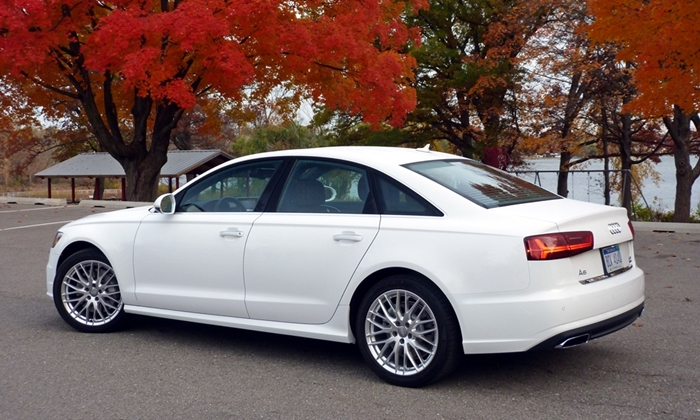 A6 / S6 Reviews: Audi A6 rear quarter view