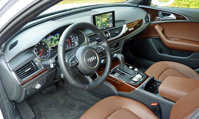 Hyundai Genesis Photos: Audi A6 interior