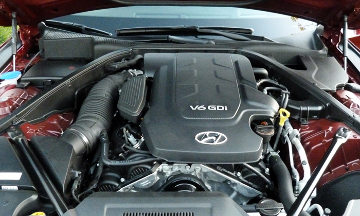 Hyundai Genesis Photos: Hyundai Genesis V6 engine