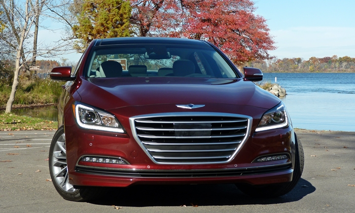 Genesis Reviews: Hyundai Genesis front view