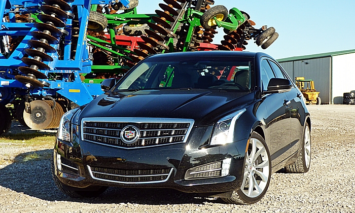 Cadillac ATS Photos: 2014 ATS sedan front view
