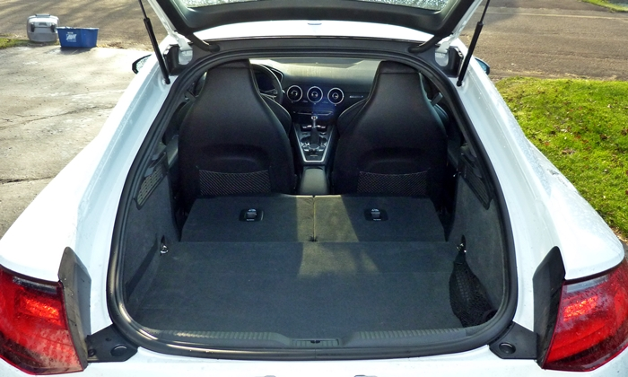 TT Reviews: Audi TT cargo area seats folded