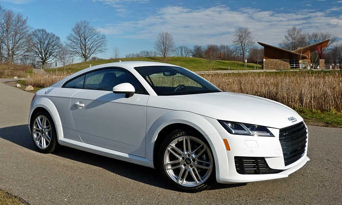 TT Reviews: Audi TT front quarter view