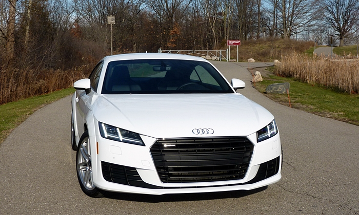 TT Reviews: Audi TT front view