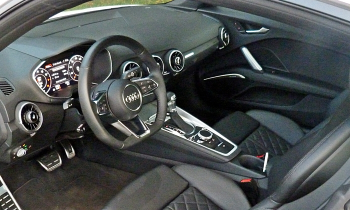 TT Reviews: Audi TT interior