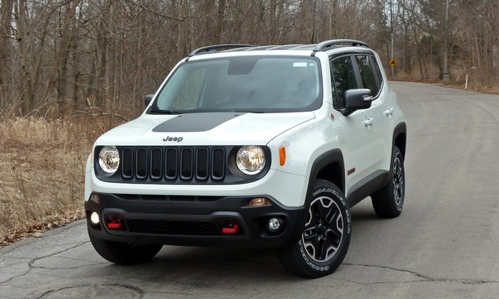 Jeep Renegade Photos: Jeep Renegade Trailhawk front view