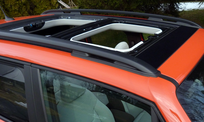 Jeep Renegade Photos: Jeep Renegade open roof