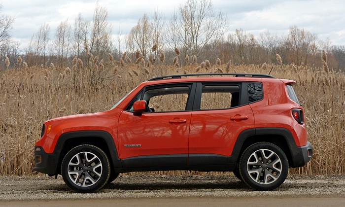 Jeep Renegade Photos: Jeep Renegade side view