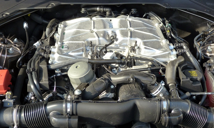Jaguar XF Photos: Jaguar XF engine uncovered