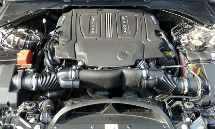 XF Reviews: Jaguar XF engine