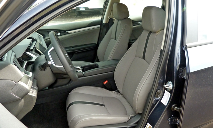 Nissan Sentra Photos: Honda Civic driver seat