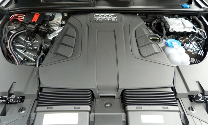 Q7 Reviews: Audi Q7 engine