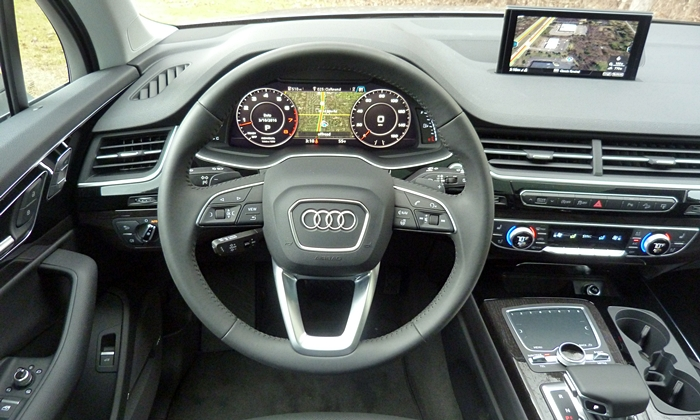 Q7 Reviews: Audi Q7 instrument panel