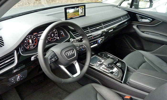 Q7 Reviews: Audi Q7 interior