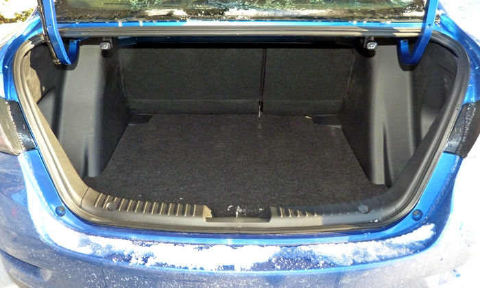 iA Reviews: Scion iA trunk