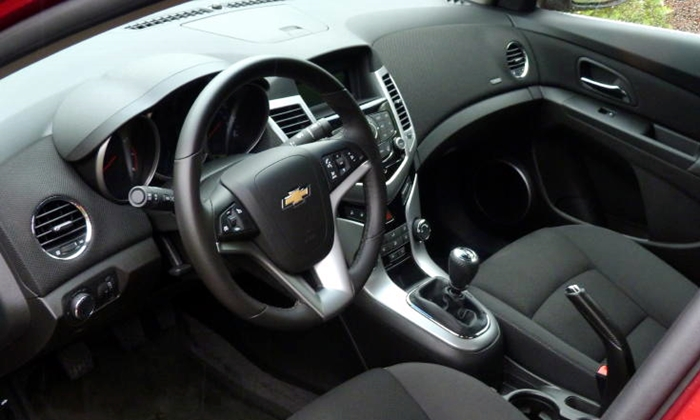 Chevrolet Cruze Photos: Previous Chevrolet Cruze interior
