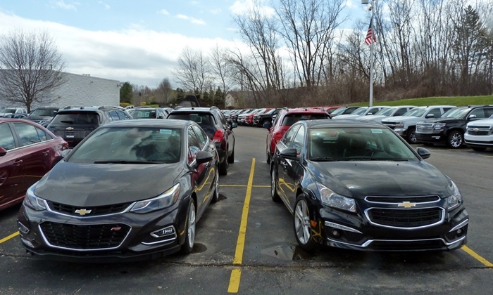 Cruze Reviews: Chevrolet Cruze front end old and new