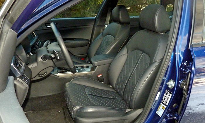 Kia Optima Photos: Kia Optima SX driver seat
