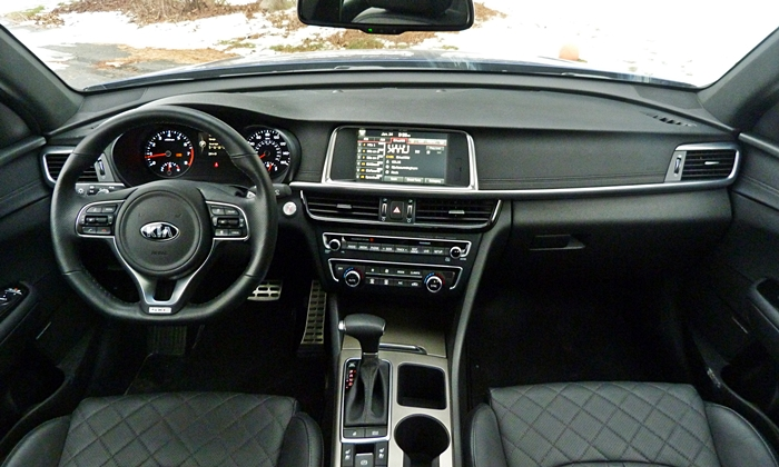 Kia Optima Photos: Kia Optima instrument panel full