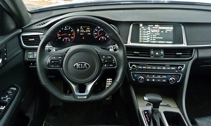 Optima Reviews: Kia Optima instrument panel