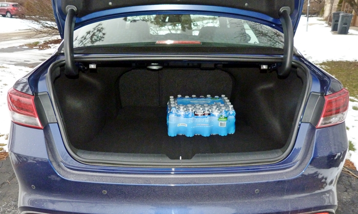 Optima Reviews: Kia Optima trunk