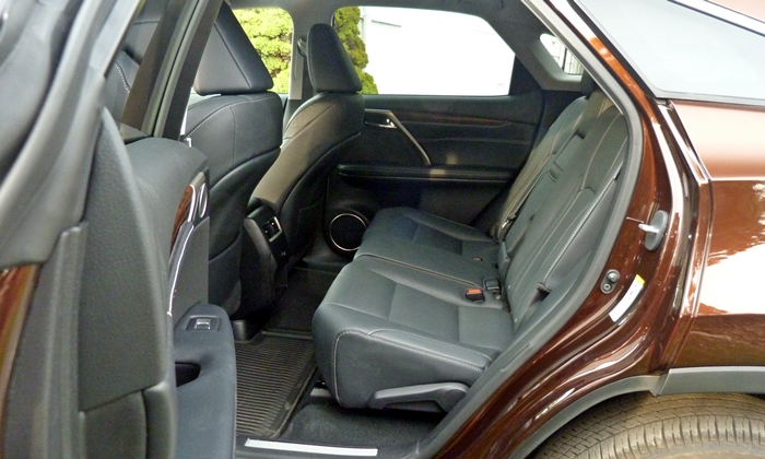 RX Reviews: Lexus RX 350 back seat