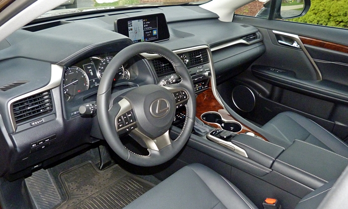 RX Reviews: Lexus RX 350 interior