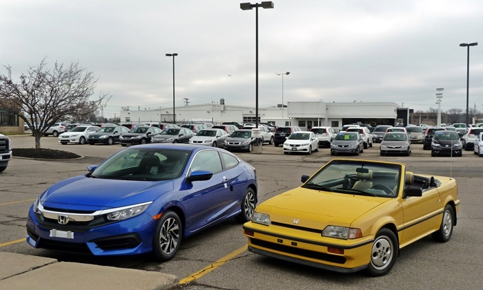 Honda Civic Photos: Old Civic CRX new Civic coupe