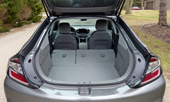 Volt Reviews: Chevrolet Volt cargo area seats folded