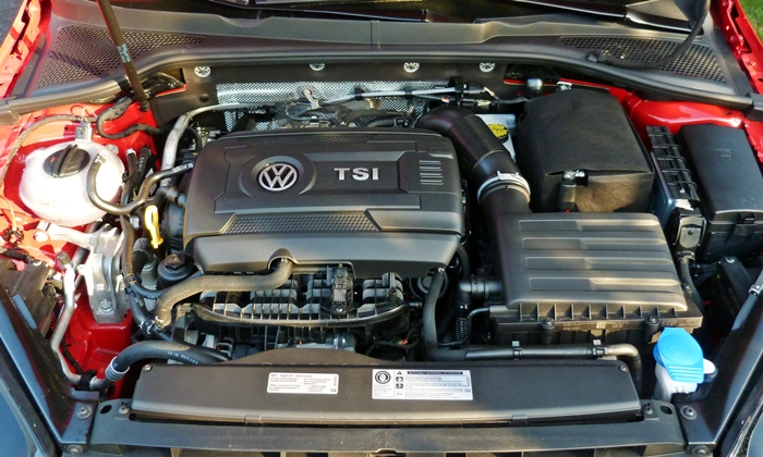 Volkswagen Golf / Rabbit / GTI Photos: Volkswagen Golf SportWagen engine