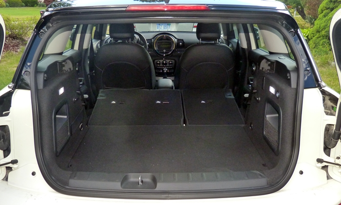 Clubman Reviews: Mini Cooper Clubman cargo area seats folded