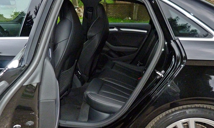 Audi A3 / S3 Photos: Audi S3 back seat