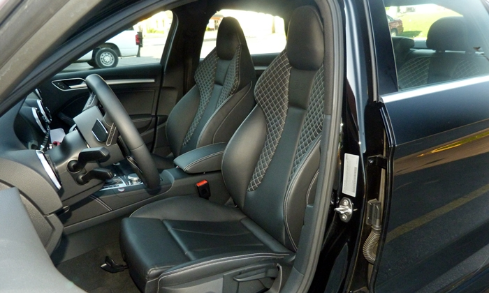 Audi A3 / S3 / RS3 Photos: Audi S3 sport front seats