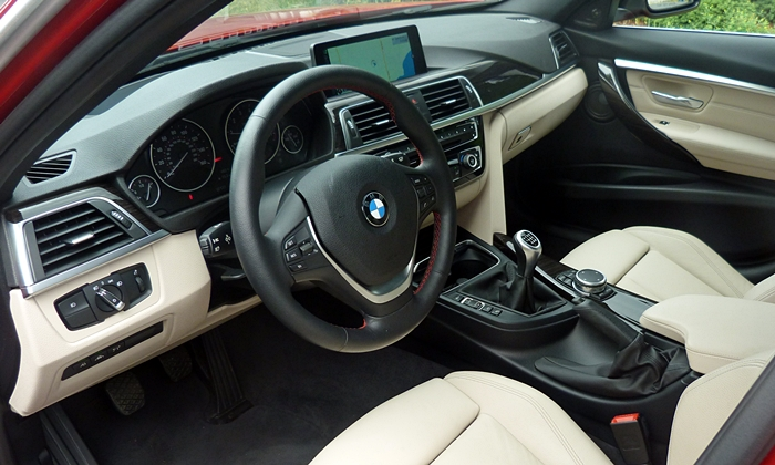 3-Series Reviews: BMW 340i interior