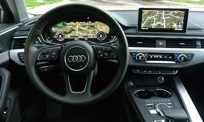 Audi A4 / S4 / RS4 Photos: 2017 Audi A4 small dials