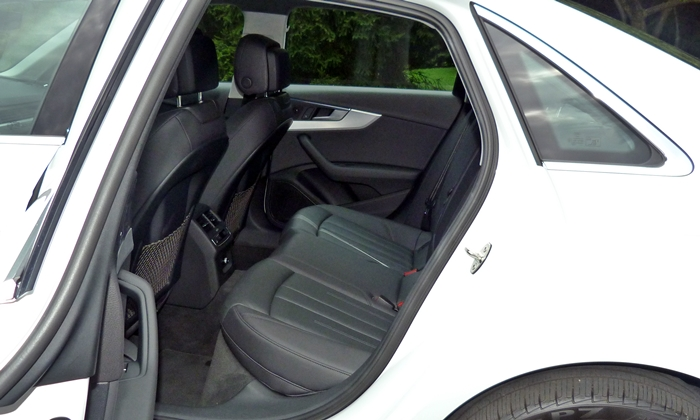 A4 Reviews: 2017 Audi A4 rear seat