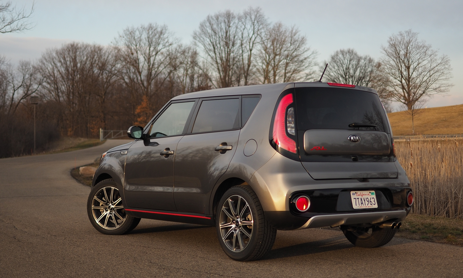 Soul Reviews: 2017 Kia Soul ! rear quarter view