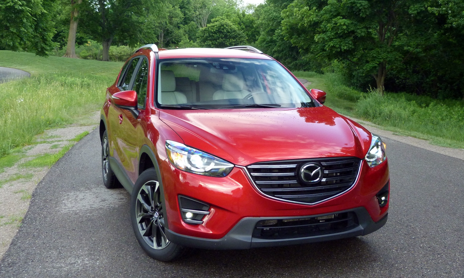 Mazda CX-5 Photos: 2016 Mazda CX-5 front view