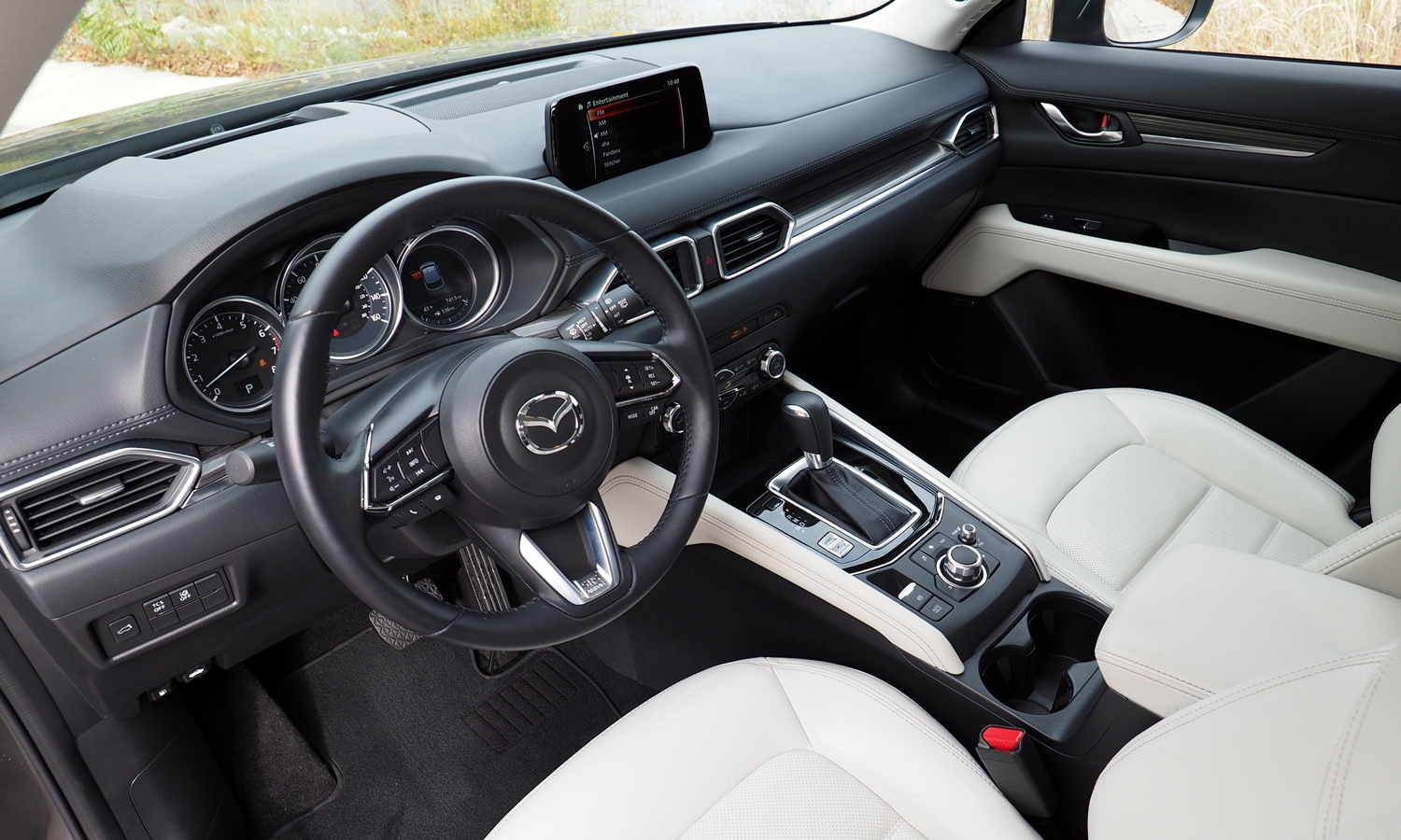 CX-5 Reviews: 2017 Mazda CX-5 interior
